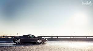 Hot Italiana in cold <b>metropolis</b> - Ferrari Italia 458