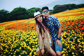 Hong Kong actor Sammy Leung posts rare photo with wife after ...