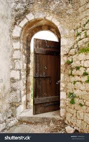 open old door in the castle