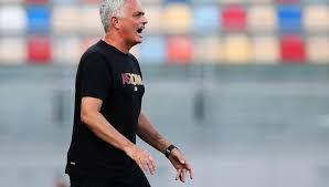 Roma-Sassuolo, a breve LIVE la conferenza stampa di Mourinho (miyv)