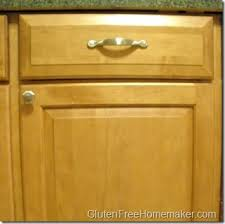 cleaning kitchen cabinet doors. Keeping A Clean Kitchen: Cabinet Doors Cleaning Kitchen W