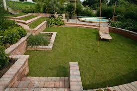 Jardin En Pente Comment G Rer Un D Nivel Mon Am Nagement