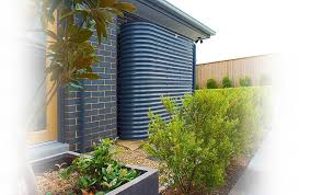 growing a healthy garden with the help of rain water tank