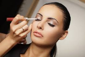 benefits of a professional makeup artist in new york