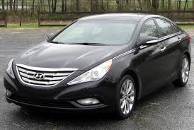 File:2011 Hyundai Sonata Limited -- 04-13-2011.jpg - Wikimedia Commons