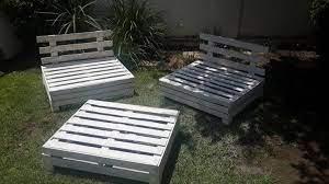 diy designed pallet patio furniture set