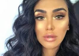 highlighter isn t just for your cheekbones if you add a little shimmer to your cupid s bow it will open up your lips making them look more voluptuous