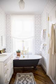 Bathroom With Clawfoot Tub Ideas