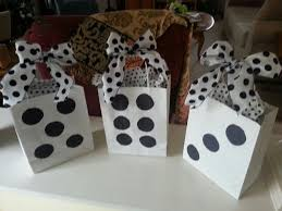 prizes for bunco simply bought white bags and glued dots on them