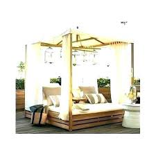 Do Wood Canopy Bed Full Size Alluring Romantic Outdoor Beds Porch ...