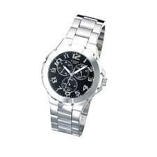 guess watches buy guess watches online page 17 watches org uk guess men s multi dial bracelet watch
