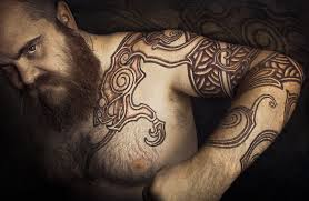 амулеты викингов и скандинавские обереги трефот руны волчий крест
