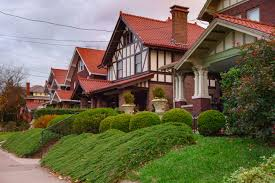 One of the biggest factors influencing how much you pay for homeowner's insurance is your asking how much is homeowners insurance is only the beginning of finding the right policy to fit within your budget. The Best West Virginia Homeowners Insurance Companies Reviews Com