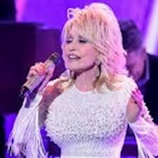 Dolly Parton sparks hilarious 'LinkedIn, Facebook, Instagram ...
