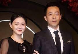 @hsiyuanhsu @xiaofei1911 据台媒透露大s 向媒体证实与汪小菲 婚变,目前两人正在办离婚手续。然而汪小菲却向媒体回应:我不知情。… Fv5x9yxuy0rlom