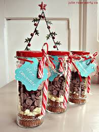 DIY Christmas Spiced Peppermint Hot Chocolate  Julie Rose Party CoChocolate For Christmas Gifts