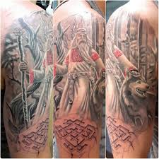 славянская татуировка на руке парня старец и волк фото рисунки
