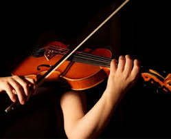 Ada 3 jenis alat musik yang di bedakan berdasarkan fungsinya, yaitu alat musik melodis, alat musik ritmis dan alat musik harmonis.alat musik melodis adalah alat yang digunakan untuk menciptakan sebuah lagu, yang mengeluarkan bunyi untuk mengiringi lagu. Jenis Jenis Alat Musik Lengkap Dengan Gambar Ciptacendekia Com