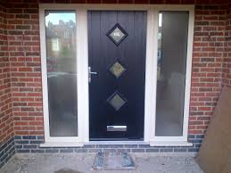 front doors with side panelsContemporary Composite Door with cream UPVC side panels  frosted