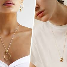 geometric gold pendants are the jewelry trend of the summer