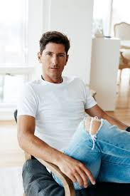 17 best images about what s my weakness men lapo nic roldan on what it s like to be a professional polo player white tee shirt
