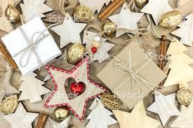 Hölzerne Christbaumschmuck Geschenkboxen Goldenen Nüssen Auf