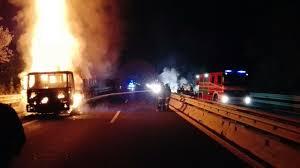 Val Vibrata, assalto a un portavalori in A14: tre mezzi in fiamme - Riviera  Oggi