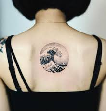 Circular Great Wave Of Kanagawa Tattoo On The Back Tattoogridnet