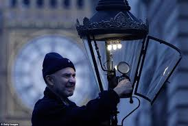 important job before lamplighters existed london was a dark city in the 18th