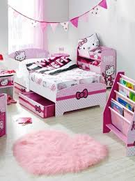 Marvelous Hello Kitty Theme Girls Bedroom For Small Space Room Decoration  Ideas Using WHite Hellow Kitty Sheet Platform Bed And White Wooden Bedside  Table ...