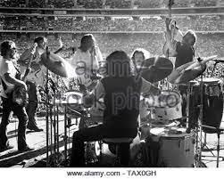 OAKLAND, ESTADOS UNIDOS - 14 de julio: Crosby, Stills, Nash & Young realice  en vivo en el