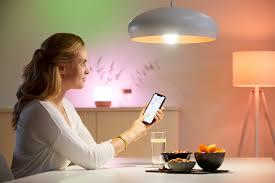 Review bóng đèn thông minh đổi màu Philips Wiz