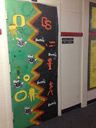 UO-OSU decorated door