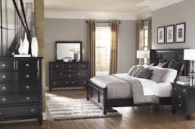 Greensburg Black Bedroom Furniture Collection