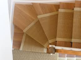 image of carpet runner for stairs