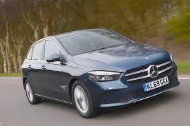 La classe b est équipée de fonctions et de systèmes d'aide à la conduite intelligents qui vous aident encore plus et facilitent encore votre tâche pendant la conduite. Mercedes Benz B Class Review 2021 Autocar