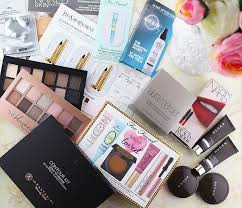 a look at my recent sephora and ulta makeup haul with items from anastasia becca