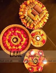 """Mehndi Tray Decoration Find out the Latest """"Mehndi Thaal Designs"""" Laal The Wedding Mag 88"""