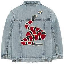 gucci denim jacket. jean jacket with fancy patches. gucci denim e