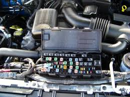 installing a brake controller on a 2010 ford f 150 the fuse box is right in the front of the engine compartment