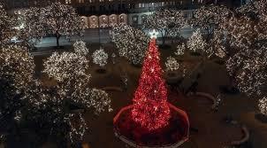 the 15 best christmas light displays