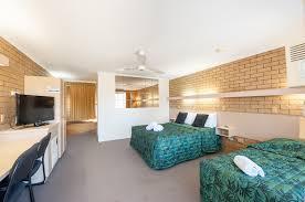 Allan Cunningham Motel Facilities Jacaranda Place Motor Inn