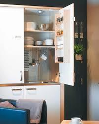 Si Vives En Un Apartamento Pequeño Busca Un Armario Como éste Cocina En Un Armario