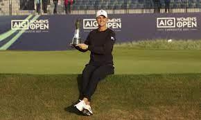 She has won three major championships: F3v0obukncol M