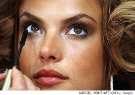 looks real up close e be fashion secrets in the makeup of the angels of victoria s secret