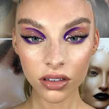 six runway inspired makeup looks to try this fall