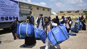أفغانستان.. الأزمة الاقتصادية تلاحق طالبان بعد شهر على سقوط كابول
