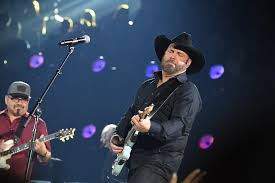 Garth Brooks Tickets Go On Sale This Morning Heres How To