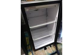 qbd single door glass front cooler