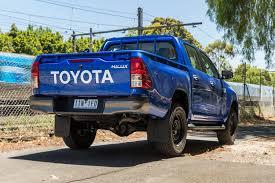 Toyota HiLux 2017 Review - www.carsales.com.au